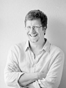 Roger Overall, The Digital Storyteller, Host of the Fourbirdsaboating Podcast.
